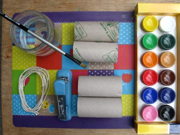 Lornetka z rolek po papierze toaletowym   Przedszkolaki i