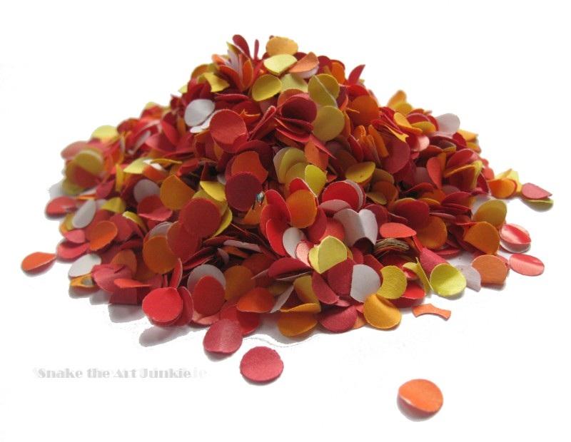 Orange confetti 3